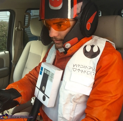 Black Leader standing by!, Poe Dameron X-Wing Flight Suit Costume