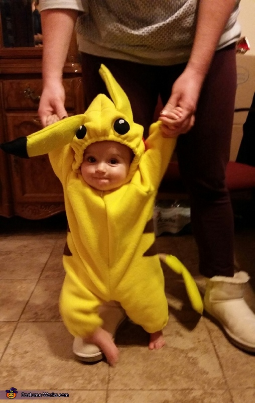 Pikachu!, Pokemon Family Costume