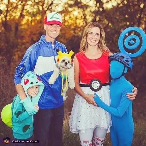 Pokémon Go Family Costume