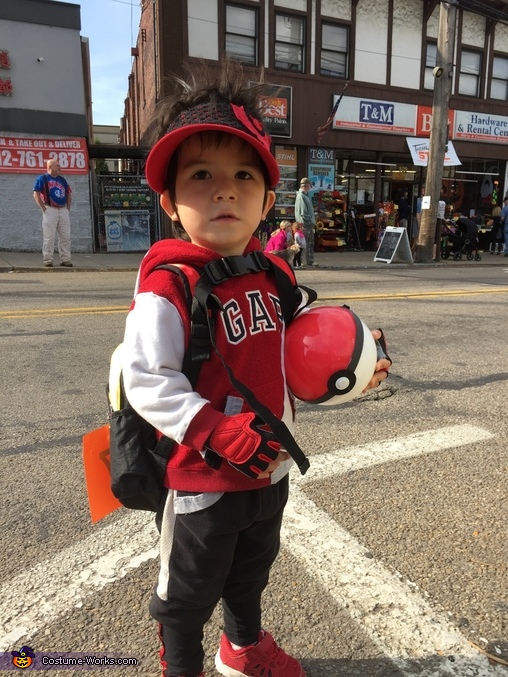 Where are all the pokemons?, Pokemon Go Trainer Costume