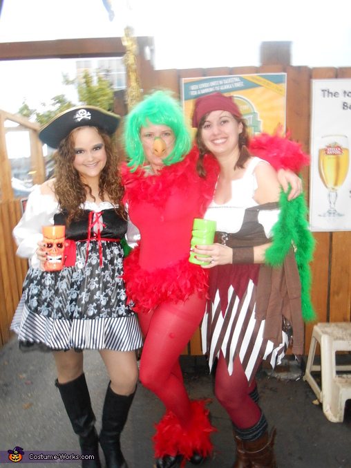My wenches, Polly the Parrot Costume