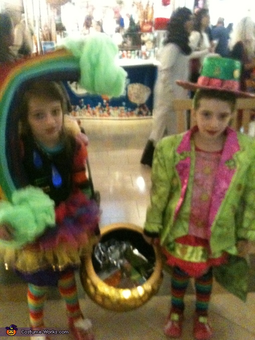 Pot of Gold Twins, Pot of Gold Costume