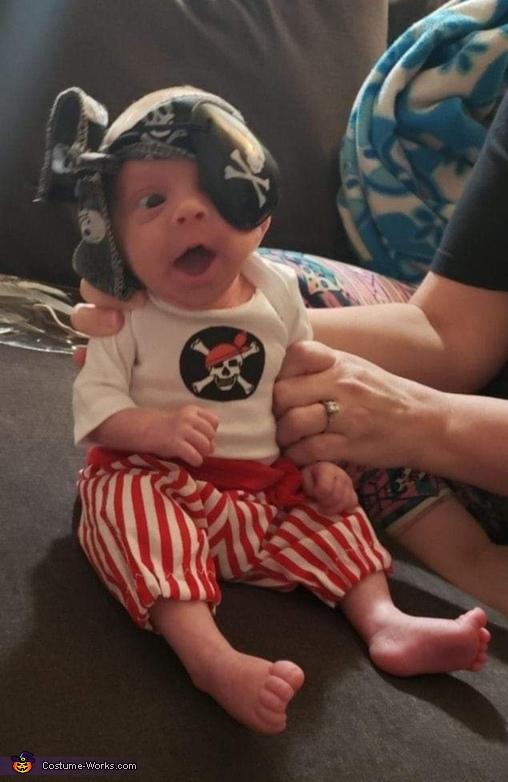 Preemie Pirate Costume
