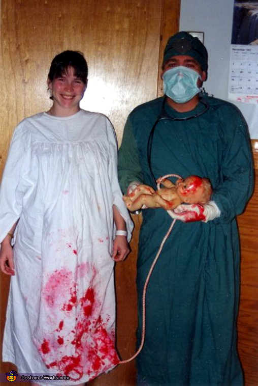 delivery room couples costume my pregnancy costume - Pregnant Halloween Couples Costumes