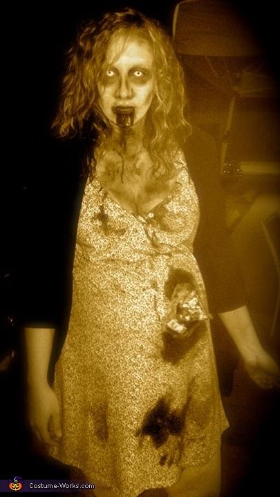 Pregnant Zombie Costume