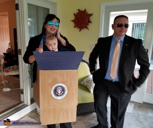 President with Secret Service Costume