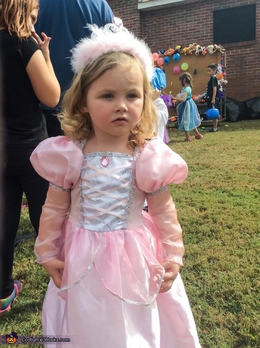 Emma ( princess) age 2, Pretty Witch Costume