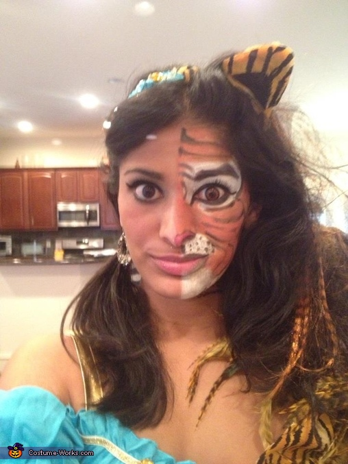 Up close Face, Princess Jasmin and Tiger Costume