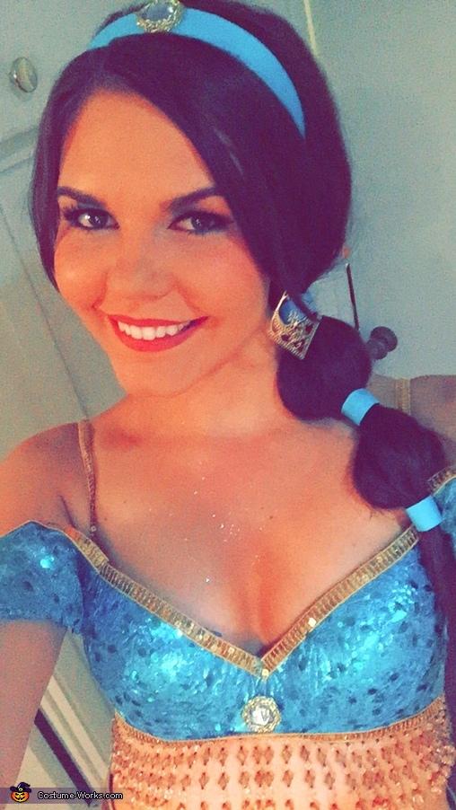 Princess Jasmine, Princess Jasmine Costume