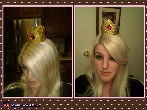 testing my crown placed on the headband for a comfortable fit , Princess Peach and Mario Costume