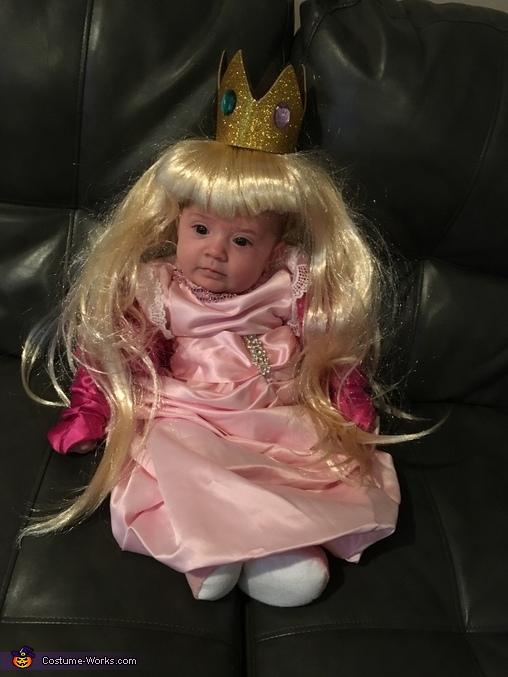 Princess peach, Princess Peach and Mario Costume