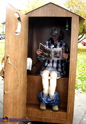 Hunter in an Outhouse - Homemade costumes for boys