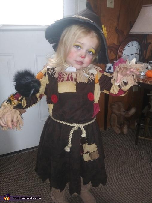 Pumkin Patch Scarecrow Costume