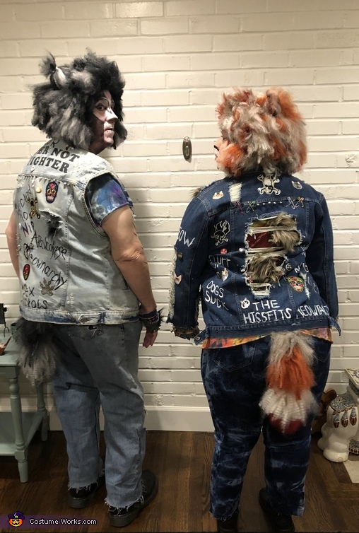 Hiss, Punk Stray Cats Costume