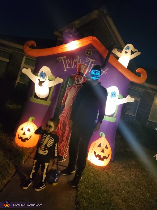 Trick or Treat, Purge: Election Year Costume