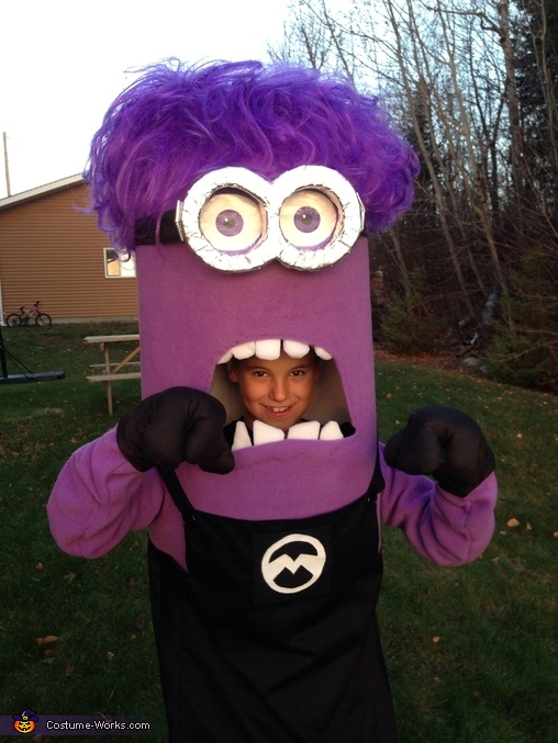 DIY Purple Minion Costume Idea