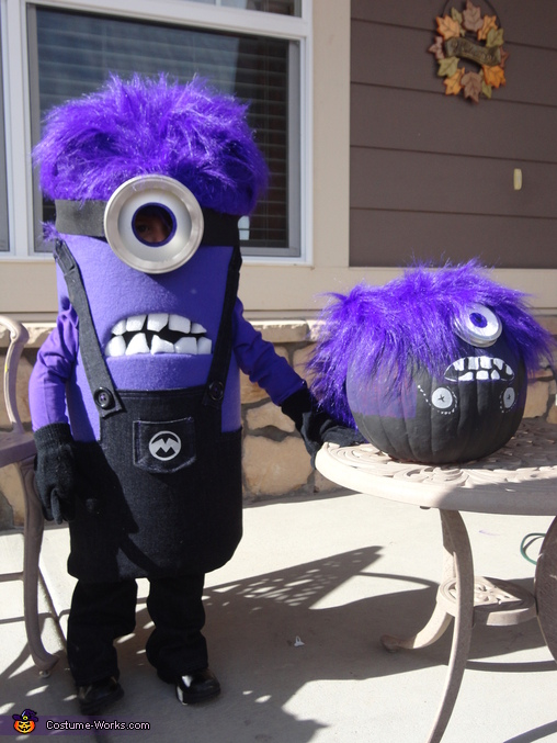 Waving with her purple Minion counterpart!, Purple Minion Costume