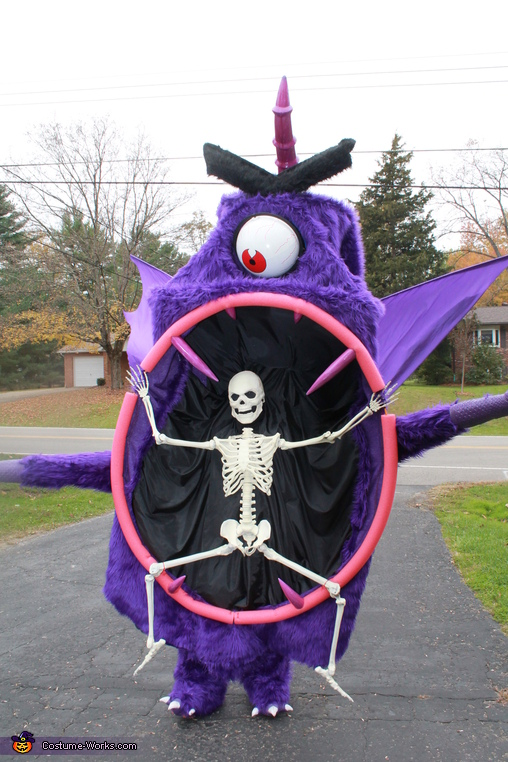 showing the the self centering eye movement, Purple People Eater Costume