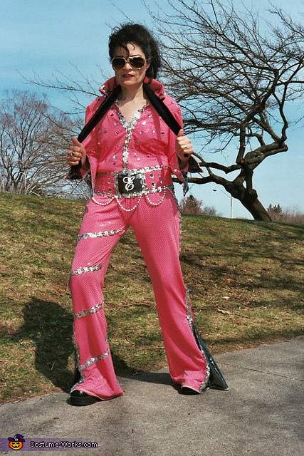 Queen Elvis Costume | Mind Blowing DIY