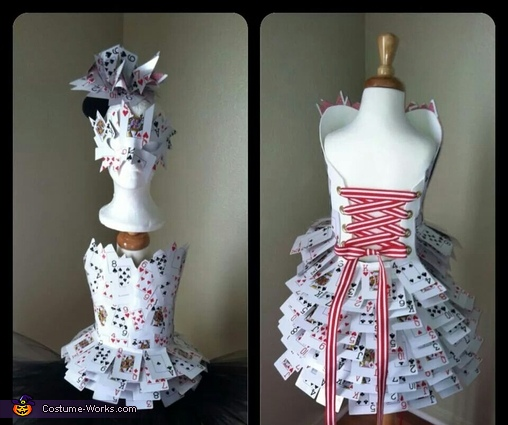 Beautiful , Queen of Hearts Costume