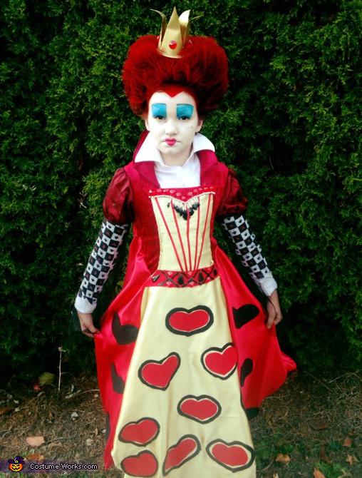 Creative Diy Queen Of Hearts Costume