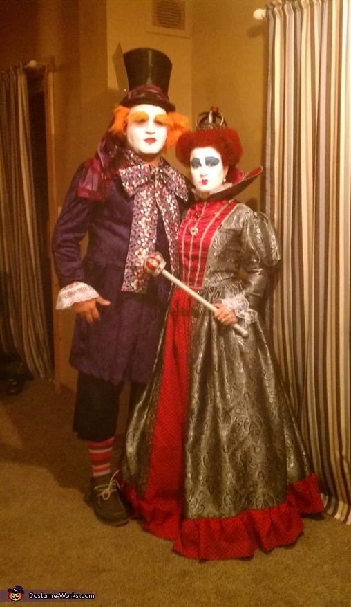 Queen of Hearts and Mad Hatter - Homemade costumes for couples