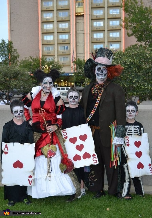 Queen of Hearts and Mad Skeletons Family Costume