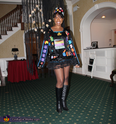 Queen of the Arcade Costume