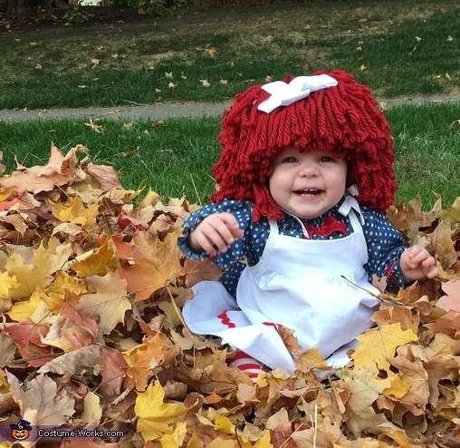 Playing in the leaves!, Raggedy Ann Costume