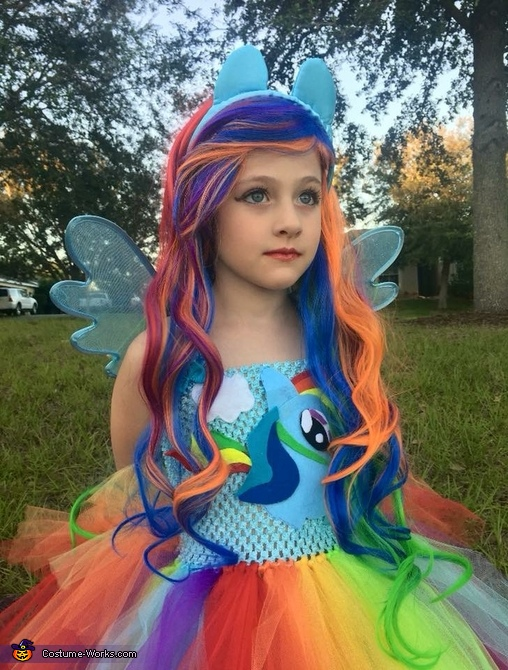 "Taking the ""role"" of Rainbow Dash seriously 😂, Rainbow Dash Equestria Girl Costume"