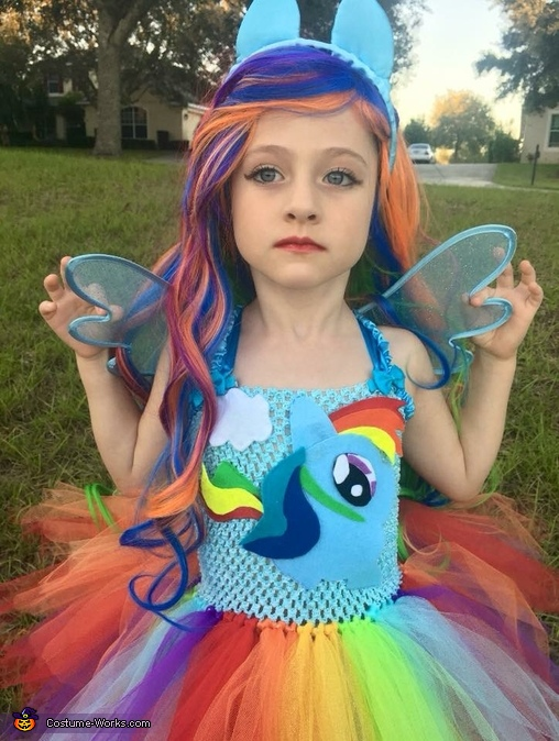 Wings to fly 💓, Rainbow Dash Equestria Girl Costume