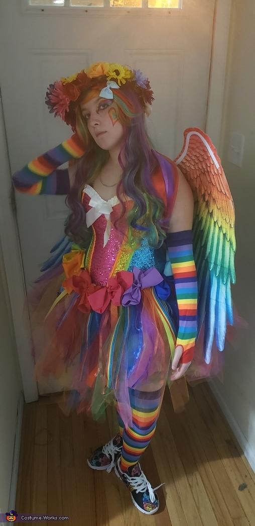 Rainbow of love 2, Rainbow of Love Costume