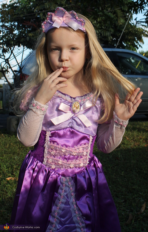 My daughter as Rapunzel, Rapunzel Costume