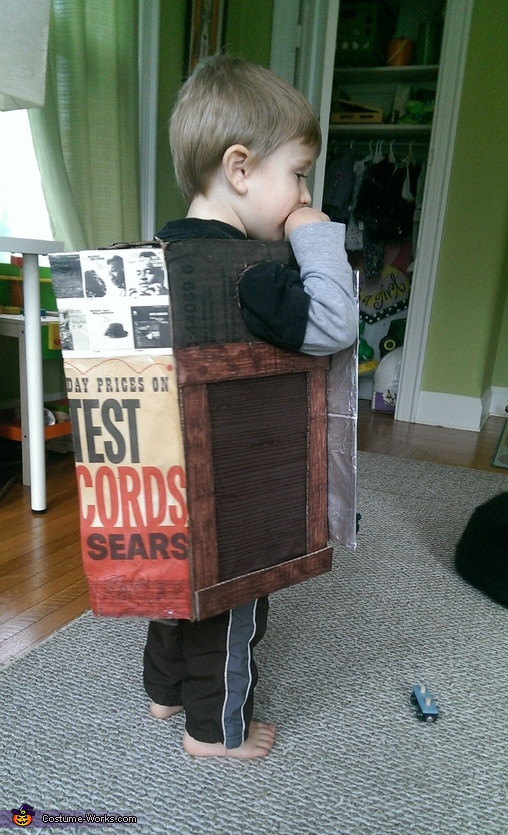 Speakers, Record Player Costume