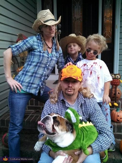 Redneck Crew Family Costume