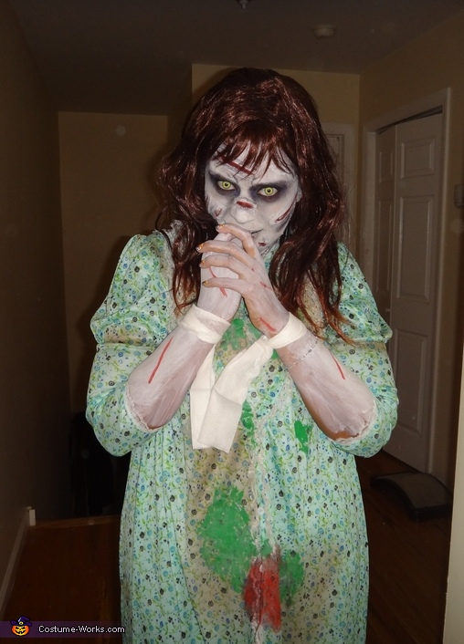 Regan, Regan from The Exorcist Costume