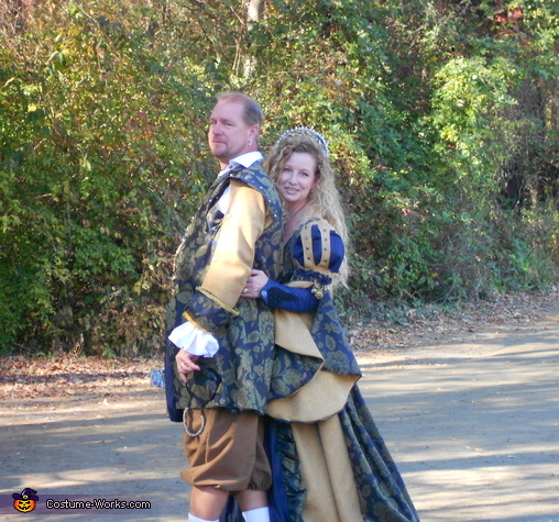 Renaissance Costumes for Groups