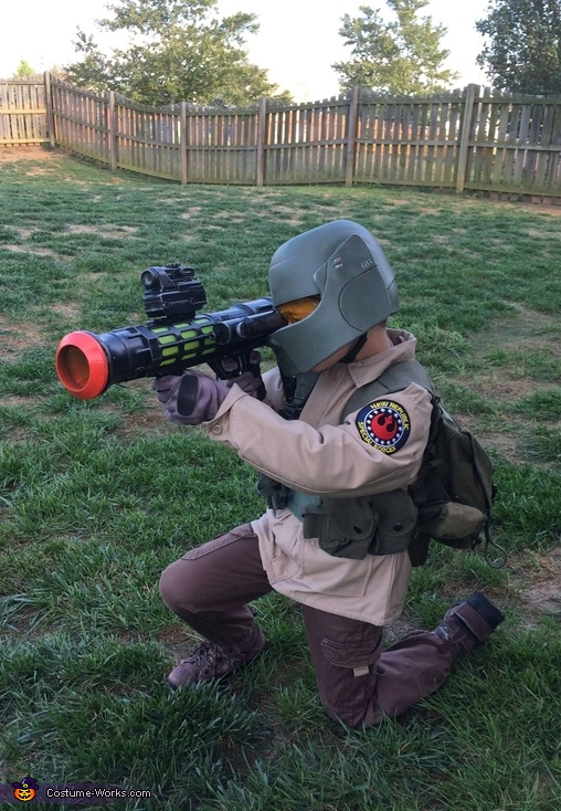 Resistance Trooper Costume