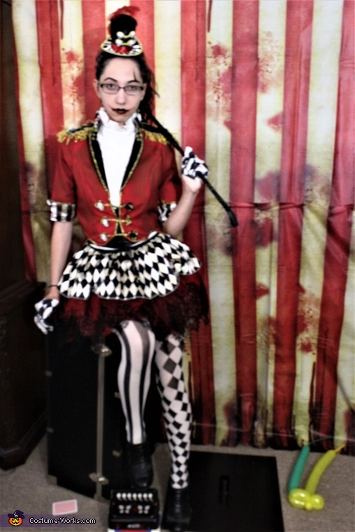 We're All Mad Here, Ringleader Costume