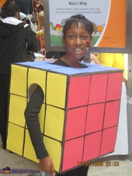Rubic's Cube, Rita's Food Costumes