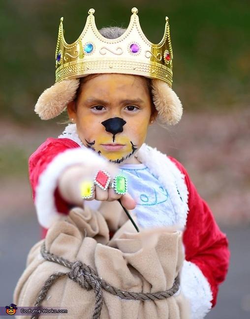 Prince John, Robin Hood Family Costume