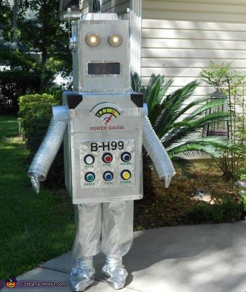 family group unique picture ideas - Creative DIY Robot Costume
