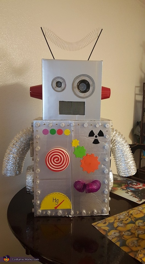 Front Finished, Robot Brody Costume