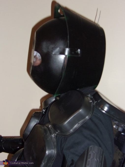 side view of the robot, Robot Costume