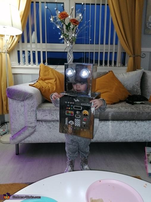 Diy robot, DIY Robot Costume