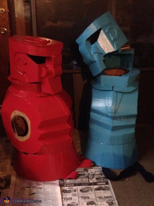 The Red Rocker & Blue Bomber, Rock'em Sock'em Robots Costume