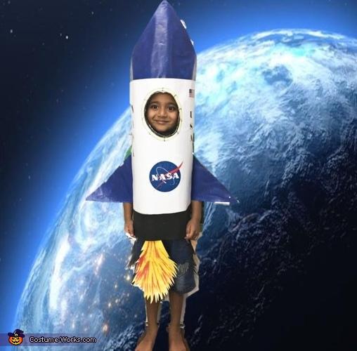 Rocket - 3..2...1 Woosh I fly into the universe, Rocket Costume