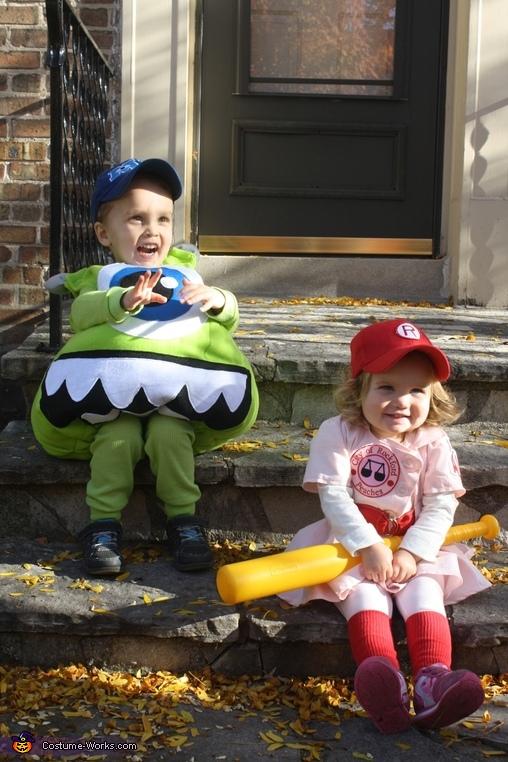 Rockford Peach Child Costume