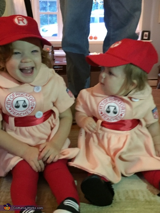 Rockford peaches, Rockford Peaches Dottie and Kit Costume