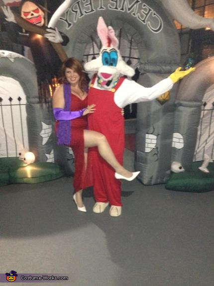 """""""Who Framed Roger Rabbit"""" Roger & Jessica Rabbit Costume"""